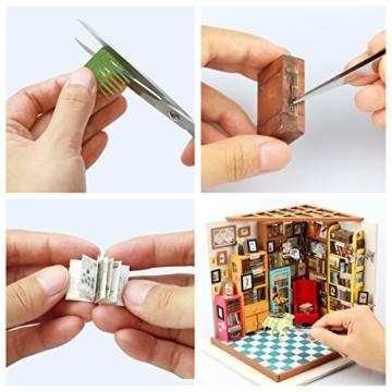 ROBOTIME Bibliothek Holz Puppenhaus Bausatz zum Selbermachen - Bücher Haus Holzbausatz Handgefertigt Bücherei Puppen-Haus Spielzeug - Miniatur Möbel Zubehör - für Mädchen & Jungen mit LED Licht Kreatives Geschenk -