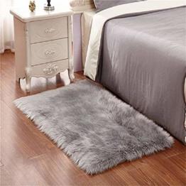 KAIHONG Faux Lammfell Schaffell Teppich (50 x 150 cm) Modern Wohnzimmer Teppich Flauschig Lange Haare Fell Optik Gemütliches Schaffell Bettvorleger Sofa Matte (Grau, 50x150cm) - 1