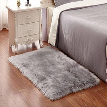 KAIHONG Faux Lammfell Schaffell Teppich (50 x 150 cm) Modern Wohnzimmer Teppich Flauschig Lange Haare Fell Optik Gemütliches Schaffell Bettvorleger Sofa Matte (Grau, 50x150cm) - 4