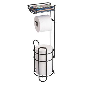 mDesign Toilettenpapierhalter – eleganter Papierrollenhalter aus Metall – WC-Rollen-Halter mit Regal – praktische Aufbewahrung fürs Badezimmer – mattschwarz - 3