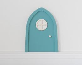 Elfentür in Türkis mit leuchtendem Türfenster für Fantasie im Kinderzimmer - 1