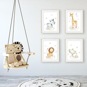 Frechdax® 4er Set Kinderzimmer Babyzimmer Poster Bilder DIN A4 | Mädchen Junge Deko | Dekoration Kinderzimmer | Waldtiere Safari Skandinavisch (4er Set Nashorn, Giraffe, Elefant, Löwe) - 2
