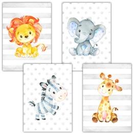 Frechdax® 4er Set Kinderzimmer Babyzimmer Poster Bilder DIN A4 | Mädchen Junge Deko | Dekoration Kinderzimmer | Waldtiere Safari Skandinavisch (4er Set Safari, Zebra, Löwe, Giraffe, Elefant) - 1