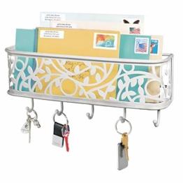 mDesign praktische Briefablage mit Korb für Flur und Küche – kompaktes Schlüsselboard mit 1 Fach für Post und 5 Haken – wandmontiertes Schlüsselbrett aus Metall – hellgrau - 1