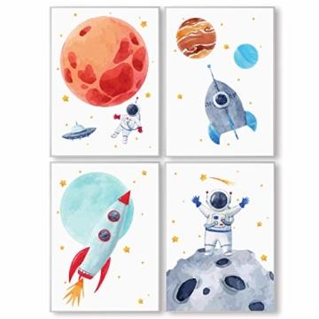 Pandawal Wandbilder Kinderzimmer/Babyzimmer Bilder für Junge und Mädchen Astronaut/Planeten 4er Poster Set Weltraum Deko (P1) im DIN A3 Format… - 1