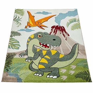 Paco Home Kinderzimmer Teppich Grün Dinosaurier Dschungel Vulkan 3-D Effekt Kurzflor, Grösse:140x200 cm - 2